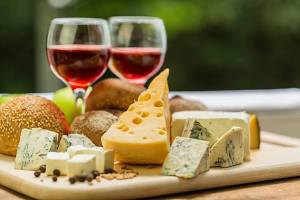 Seeking Shabbat Service preceded by Wine & Cheese @ Temple Emanu-El | Tucson | Arizona | United States